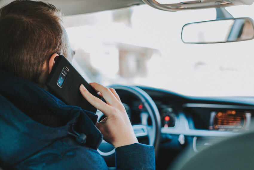 mobile phone use in car